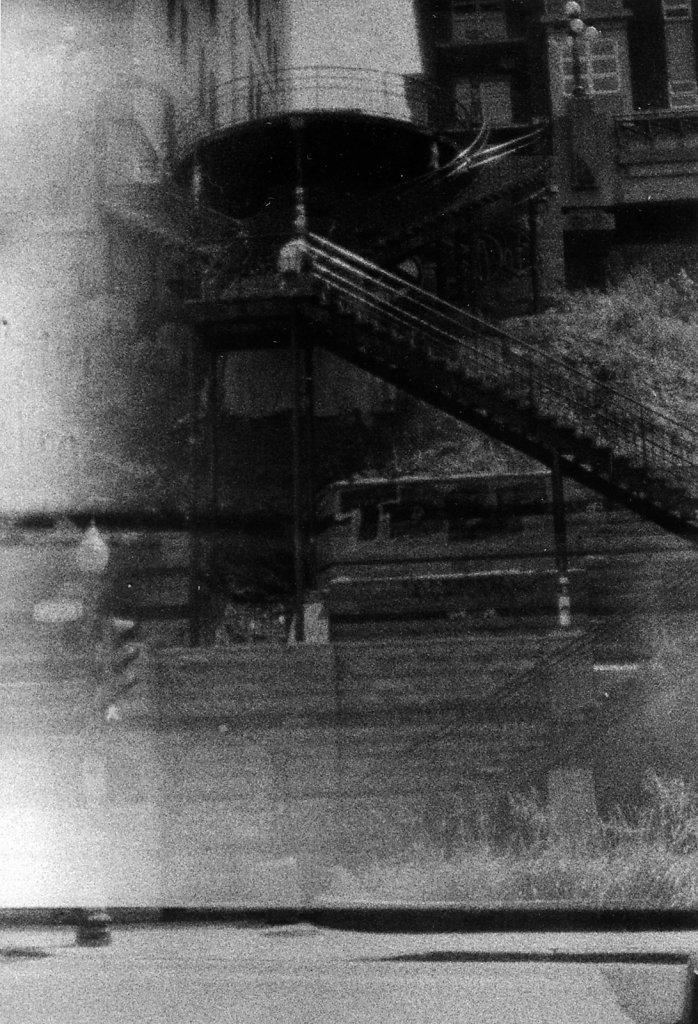 Web-Escaliers-de-Quebec.jpg